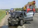 БМВ на высокой скорости влетело в такси на Могилевском шоссе.