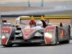 Экипаж заводской команды Audi на дизельном спортпрототипе R10 TDI